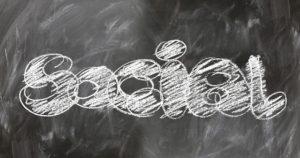 intégrer les médias sociaux dans sa stratégie de relations médias